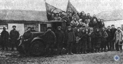 Весенний выезд в поле в колхозе им. Буденного. Александровка, 1935 г.